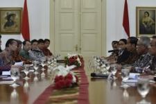رحب الرئيس الإندونيسي بالمبعوثين اليابانين في بوغور