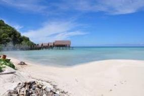 جزر أنامباس و   شاطئها  البكر