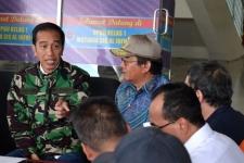 أكد رئيس جمهورية إندونيسيا على أن إجلاء الضحايا هو الأولوية الأولى