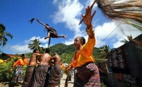 Reta' Lou dans vanuit Maumere, Oost Nusa Tenggara