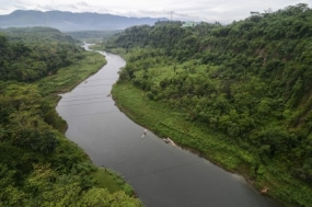 政府严重恢复Citarum河