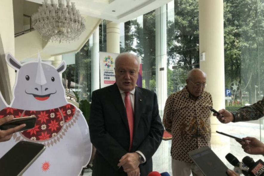 Australian Ambassador to Indonesia Gary Quinlan during a courtesy call to Vice President Jusuf Kalla at the Vice President's Office in Jakarta.