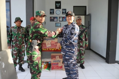 Indonesian warship visits outermost island